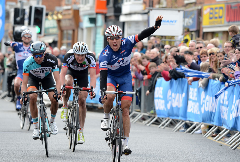 2013 Ian Wilkinson wins his second CiCLE Classic. Will he make it three wins in 2014 with his new team Raleigh?